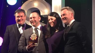 Giacopazzi's accept Scottish Local Retailer of the Year award