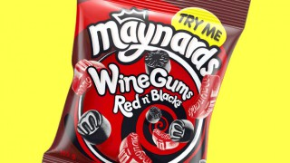 Maynards red and black wine gums