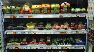 Fresh fruit shelves