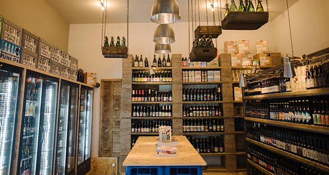 Brewdog's Edinburgh Bottledog store interior