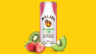 Malibu Strawberry Kiwi drink