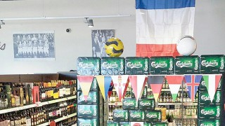 Costcutter Euro display