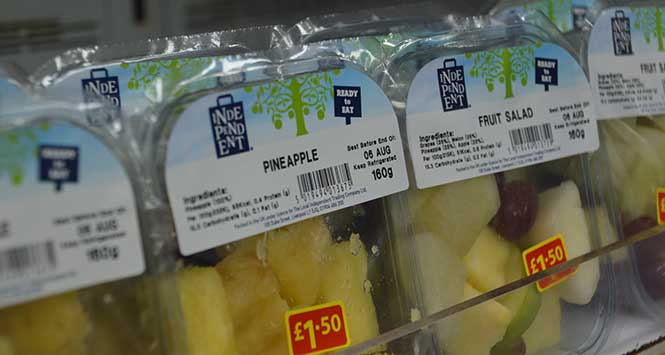 Independent-branded pineapple slices