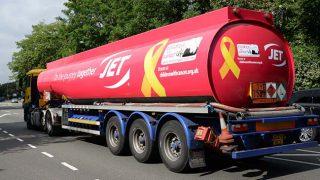 Jet's pink fuel tanker