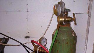 Oxy-acetylene gas bottles