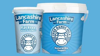 Lancashire Farm yogurt, made with free range milk