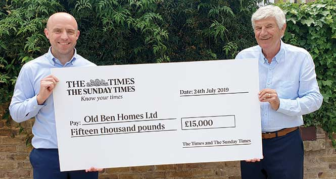 Cheque presentation to Old Ben Homes