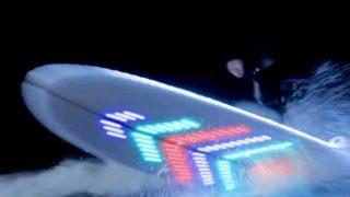 Pepsi Max surfer