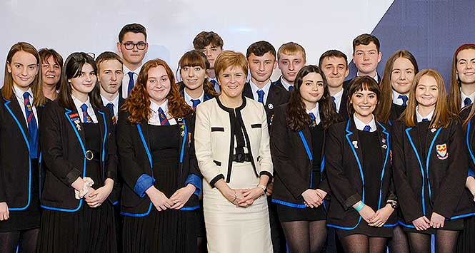Nicola Sturgeon and schoolchildren