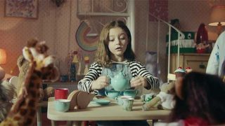 Girl pouring tea in PG tips ad